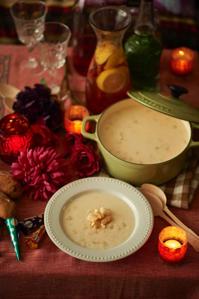 New England Clam Chowder using Homemade Fish Stock